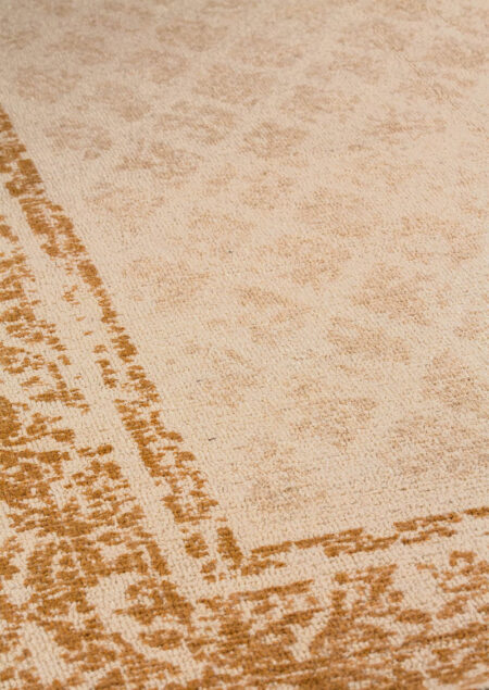 Mariam Corona Rust Area Rug Carpet